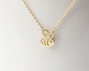 10pcs Tiny Honey Bee Bumble Bee Collana pendente gioielli Humming Birds Clavicola Accessorio regalo per le donne