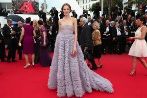 2020 di trasporto Daria Strokous Abiti da sera Prom Cannes formali Celebrity Dresses Abiti pieghettato senza bretelle degli abiti di sera DH1490