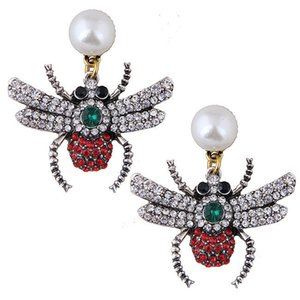 Fashion Spider Bees Insect Temperament Exaggeration Ear Nail Earrings Ornaments