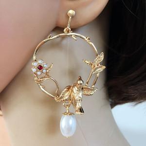 Envío gratis nueva perla elegante clip de perlas popular clip de perlas Erring linda exquisita joyería para mujeres
