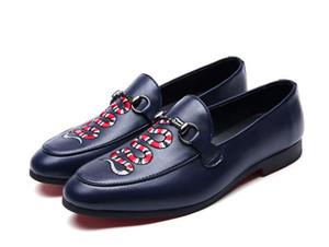 Toptan moda loafer'lar işlemeli erkek loafer'lar lüks erkekler elbise ayakkabı erkekler rahat ayakkabılar el yapımı nefes x23