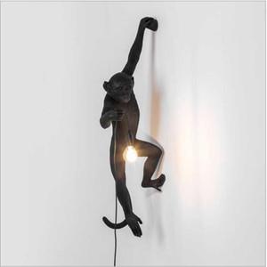 Lampara de pared Kitsch bizzarro Art Nordic Black Resin Hanging Black Monkey Lampade da parete Loft Cafe Black Rope Animal Wall Sconces