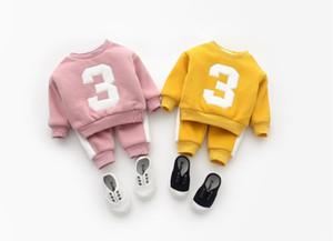 2018 новых мальчиков и девочек цифровой полосатый свитер случайные брюки плюс бархатный костюм