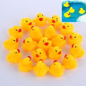 100 قطعة / الوحدة البسيطة الأصفر المطاط البط الطفل حمام المياه بطة لعبة الأصوات أطفال حمام بطة صغيرة لعبة الأطفال السباحة شاطئ الهدايا
