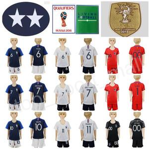 2 estrelas Juventude Jersey Jersey Kids Set 7 Griezmann 6 Pogba 10 Mbappe Giroud Lloris Camisa de Futebol Kits Curto 2018 Campeões da Copa do Mundo