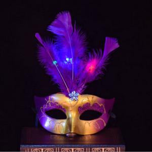 Máscaras Máscara nueva luminosa de la mascarada del partido de Bachelorette del vestido de lujo de la princesa bola carnaval máscara de la máscara veneciana Venecia Mujeres pluma LED