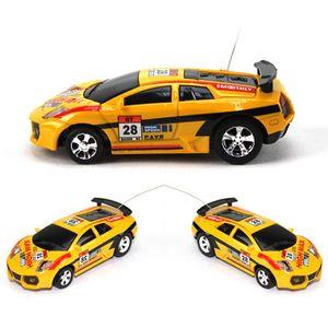 تصميم جديد البسيطة RC سيارة عيد الميلاد للأطفال هدية لعبة السامي سرعة يمكن للفحم الكوك سيارات التحكم عن بعد 1: 63 سيارة سباق نموذج