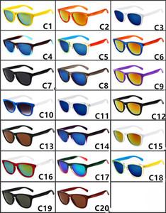 2018 HOT 스포츠 사이클링 선글라스 패션 브랜드 야외 스포츠 어드벤처 선글라스 다양한 스타일의 도매