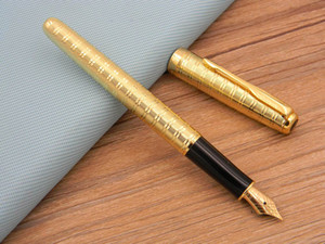 Parker Sonnet Series Bureau Business Business Golden Feather Flèche Fil Fil à rayures horizontales Cadeau Fontaine en métal