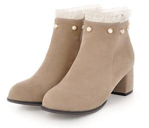 Botas para mujer Otoño Invierno 2019 Moda de encaje ahuecan hacia fuera los zapatos de las señoras Mujer de cuero Sexy Botines para mujer Botas Mujer