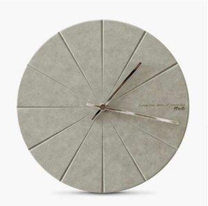 Horloge murale en bois de pin minimaliste moderne Vogue avancé