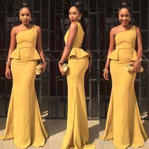 아프리카 스타일 2018 수선화 새틴 한 어깨 인어 신부 들러리 드레스 섹시한 Peplum 긴 결혼식 정장 가운 맞춤 제작 저녁 드레스