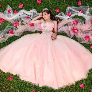 Pink Sweetheart Crystal Tulle Abiti Quinceanera Pieghettato Piano Lunghezza Ball Gown Prom Dresses Corsetto Pizzo Dolce 16 Abiti BA9987