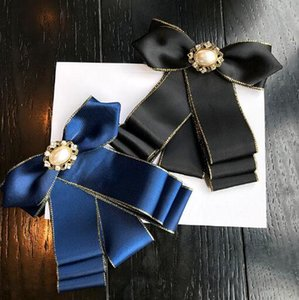 Chic Preppy Styles Necktie Bowknot Brooches Handmade Silk Fabric Bow Corsage Pearl Crystal Brooch Pins For Women Shirt Dress Accessories