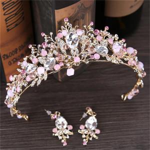 2018 Luxury Pink Bridal Crown Brillantes cristales moldeados Royal Pearl Boda Coronas Flor de seda nupcial accesorios para el cabello tiara de noiva