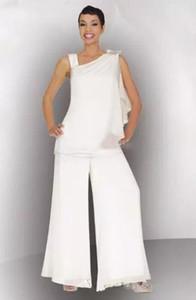 2019 Nuovo Plus Size Chiffon bianco madre della sposa Pant Suit Ruched Crystal Women Abiti formali per abiti da sposa su misura Custom Made