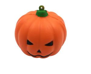 30 pieces Hezon Happy Festival Creative Halloween Pumpkin Keyring with Shine Light Key Chain Metal Pendant for Women and Men_Orange