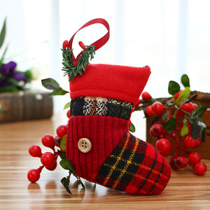 12 pcs / lot arbre de Noël Décorations de Noël pour la maison Socks Pendentifs Creative Noël Décor Ornement de fête Decors enfeite natal