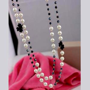 Оптовая Высокое качество Многослойная Pearl Кристалл свитер цепи Four Leaf Clover Ожерелье девушки женщин Одежда Аксессуары Шарм ювелирные изделия