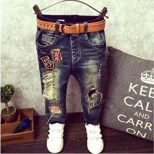 DIIMUU младенческой Весна дети мальчик джинсовые брюки дети мальчики одежда тонкий прямые джинсы мода малыша сломанной отверстие брюки Y18103008