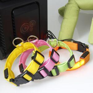 LED가 깜박임 개 애완 동물 목걸이 야외 야간 안전 나일론 다채로운 목걸이는 USB 충전과 어둠 속에서 빛나는 발광 DHL 무료 충전