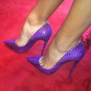 O tamanho grande 35-46 cobra padrão senhora bombas sexy dedo apontado slip-on de fundo saltos stiletto altas de couro vermelho sapatos roxo