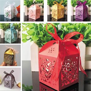 Faveurs de mariage Coffrets cadeaux Bonbonnière Party Favors Mariage creux Boîte De Bonbons boîtes de faveur gâteau sacs de bonbons Boîtes de chocolat HH7-1102