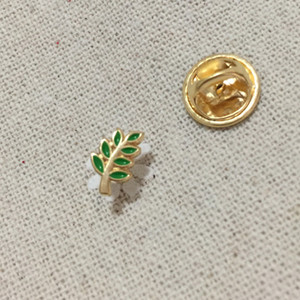 100шт Малый заказ Эмаль Броши и Pins знак Зеленый лист акации Веточка масонские регалии масоном Pin отворотом Акаша Подарок для Fellow