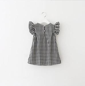 Новорожденных девочек платье решетки летать рукав плед принцесса платья 2018 летний бутик детской одежды C4110