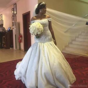 Luxo Plus Size Sereia Vestidos de Casamento 2018 Beadings Fora Do Ombro Vestido De Noiva Ruched Saias Sul Africano Vestidos de Casamento Plus Size Barato