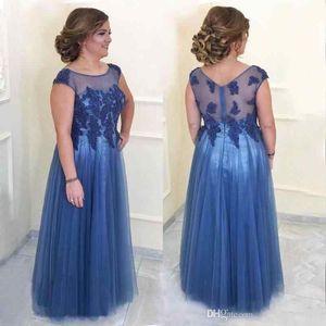 2018 Blue Illusion Mutter der Braut Kleider Transparente Träger Perlen Applikationen Tüll Bodenlang Übergröße Abendgarderobe Mutterkleider