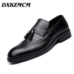 DXKZMCM 2018 Мужчины официальная обувь мужская бизнес платье Brogue обувь для свадьбы микрофибры кожа Оксфорд