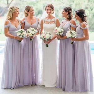 Impresionante lavanda gasa vestidos de dama de honor elegantes fuera de las correas del hombro acanalada vestido de fiesta una línea de boda país vestidos de invitados por encargo