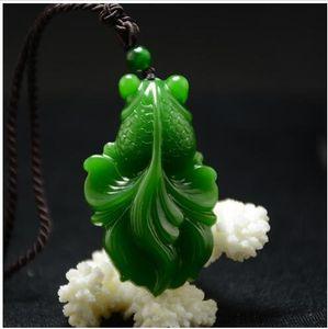 Xinjiang Hetian jade goldfish espinaca verde Jasper Pendant y fiesta de pescado