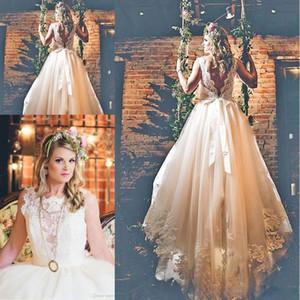 Charming A Line Brautkleider mit Juwel Hals ärmellos Sexy Backless bodenlangen LAce Brautkleider Strand Hochzeit Dresse
