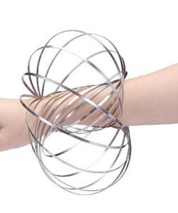 En gros Xmax cadeaux métal Toroflux Flow anneau Toy Holographic par tandis que Moving crée un anneau Flow Rainbow Toys anneaux de flux