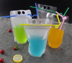 4 стиля 500мл Прозрачный Самостоятельный запечатанный пластиковый напиток Упаковки сумки для напитков сока молока кофе, с ручкой и отверстиями для соломы