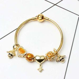 Nouveau Mode Bracelets Pour charmes européens Amour Coeur Perles reine abeille pendentif Bracelet Pour Cadeau De Noël DIY Bijoux