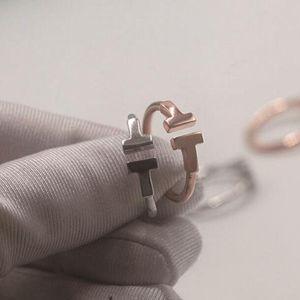 여성 열린 다이아몬드 보석 S925 스털링 실버 반지는 편지 T 스타일의 웨딩 골드 링 장미 반지