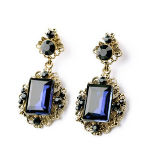 New Fashion Blue Cube Orecchini a bottone in cristallo con zirconi d'imitazione per le donne