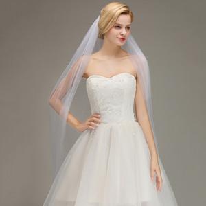 3 Mètres Mariage Blanc d'Ivoire Veils avec peigne pas cher longue Robe de mariée Veils une couche dentelle Appliqued bord Bride Veil CPA067