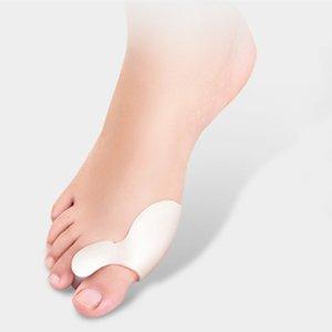 4 unids / lote Braces apoya pies magnéticos cuidado de la postura Gel de silicona Separador del dedo del pie pulgar valgus protector