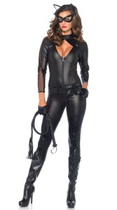 2018 Women Sexy Halloween Catwoman Costume Cut Out Chest Faux Leather Jumpsuit Zipper Bodysuit Animal Cat Cosplay Outfit C18111601