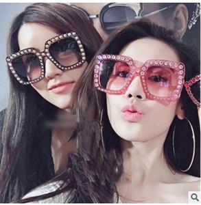 2021 Mode Frauen Square Sonnenbrille Marke Designer Luxus Rhinestone Sonnenbrille Hohe Qualität Schatten Oculos 5702