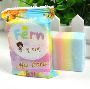 Sıcak satış Marka El Yapımı Sabunlar OMO Beyaz Artı Sabun Mix Renk Artı Beş Ağartılmış temiz Cilt El Yapımı Sabun 100% Gluta Gökkuşağı Sabun a384