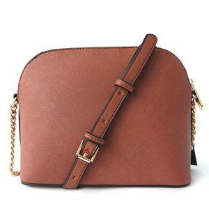 Ücretsiz nakliye Kadın Çantaları Avrupa yeni ve Amerikan moda kabuk çanta PU15 renk altın zinciri / indirimler çok sayıda