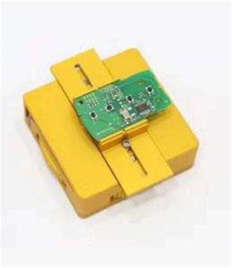 تستخدم EEPROM Circuit Board Vise ، مشبك لوحة PCB (أصفر) هذه الأداة لتثبيت اللوحة ، حتى تتمكن من إصلاح اللوحة عن بُعد بسهولة