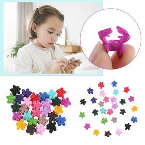 30 pcs / pack Mode Filles Accessoires Pour Les Cheveux Petites Fleurs Épingles À Cheveux Gripper Enfants Coréens 4 Griffes En Plastique Pinces À Cheveux Pince