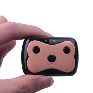 Mini Perseguidor impermeable del perro GPS D69 para gatos Mascotas con collar Caja original 4 frecuencia GPRS GPS + LBS Ubicación Aplicación gratuita Envío gratuito