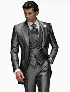 2018 Yeni Gümüş Gri Tepe Yaka Bir Düğme Düğün Damat Smokin Erkekler Düğün Suits / Balo / Akşam Yemeği En Iyi Adam Blazer (Ceket + Kravat + Yelek + Pantolon) 12